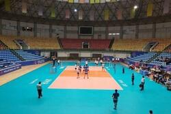 آغازتورنمنت والیبال در ارومیه/برد شهرداری ورامین در اولین دیدار