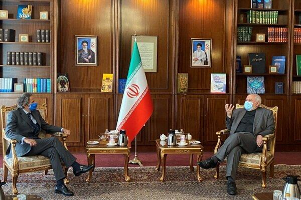 ظريف: إيران تسعى لمواصلة التعاون مع الوكالة الدولية للطاقة الذرية