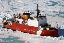 یخشکن آمریکائی طعمه حریق شد/ همه عملیاتها در قطبشمال لغو شدند