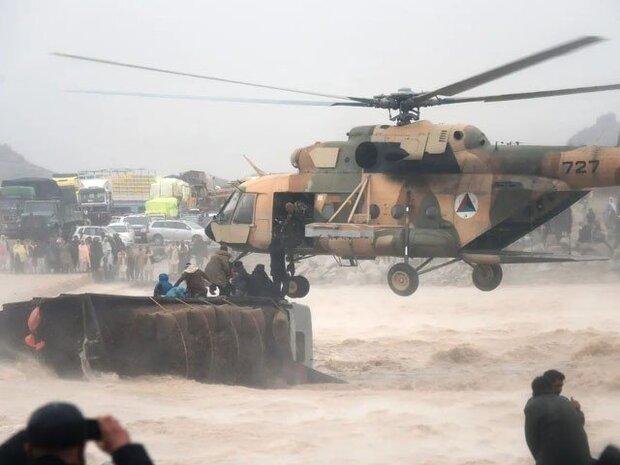الهلال الاحمر الايراني يعلن استعداده لاغاثة منكوبي السيول في افغانستان