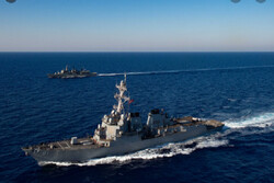 China army ousts intruding US warship in S China Sea