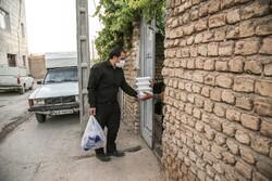 توزيع الطعام للفقراء حباً بالحسين (ع) / صور