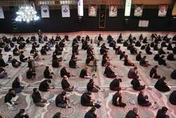 حرم حضرت معصومہ (س) میں نماز ظہر عاشورا ادا کی گئی