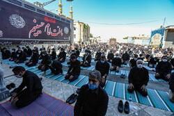 اقامه نماز ظهر عاشورا در فضای باز منطبق با شرایط کرونایی است