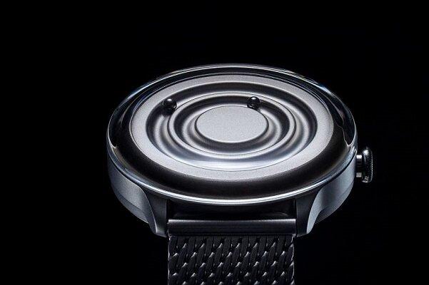 ساعتی که به جای عقربه مهره مغناطیسی دارد