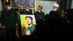 تقدیر از خانواده شهید کاوه در حرم مطهر رضوی