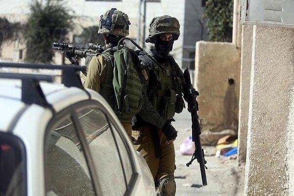 Siyonist güçlerinden Filistin'in farklı noktalarında baskın