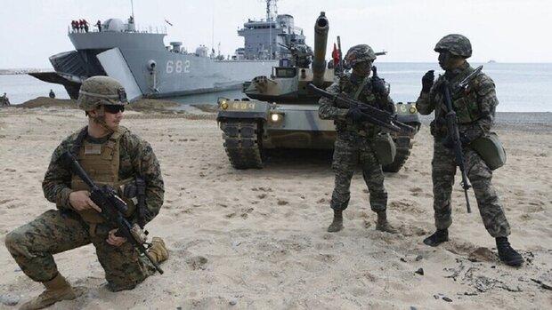 الجيش الأمريكي ينفذ تدريبات براجمات الصواريخ على حدود روسيا