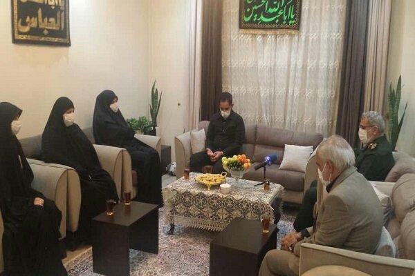 Tuğgeneral Kaani, şehit ailesini ziyaret etti