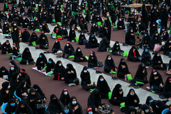 امام حسین اسکوائر پر عاشورائی خواتین کا اجتماع