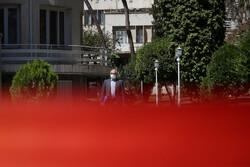 ایرانی کابینہ کے اراکین کی اجلاس کے بعد صحافیوں سے گفتگو