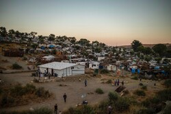 Yunanistan'daki Moria mülteci kampında koronavirüs alarmı!