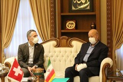 Swiss FM underlines scientific, tourism ties with Iran