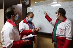 حضور ۱۶ تیم امدادی در مناطق زلزله زده گلستان/نصب چادرانجام می شود