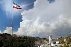 انقلاب اسلامی ایران بر پایه مردم طراحی شده است