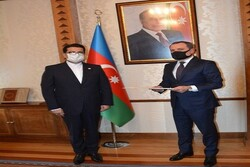Iranian envoy submits credentials to Azerbaijan's FM