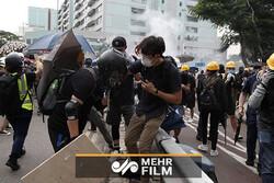 هنگ کنگیها با شعار رأی من را پس بده به خیابانها آمدند