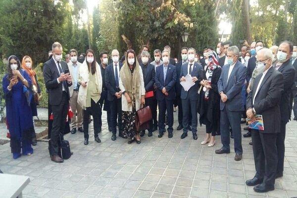 نمایشگاه یکصدسال روابط دیپلماتیک ایران و سوئیس در تهران افتتاح شد