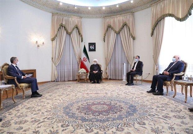 ایرانی عوام امریکہ کی منہ زوری  اور دھونس کے سامنے تسلیم نہیں ہوں گے