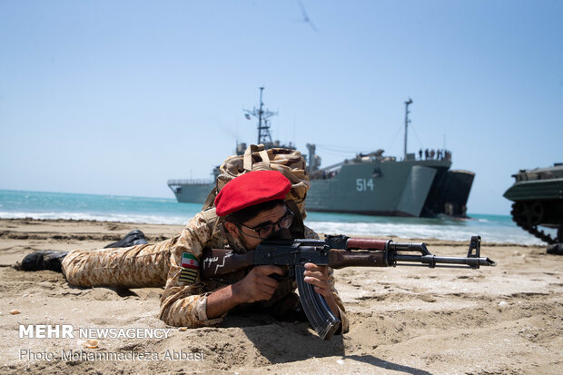 'Zolfaghar 99 Military drill' in south of Iran