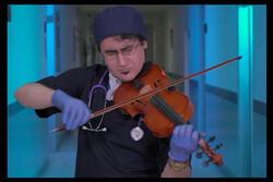 İranlı doktor sağlık personelleri için beste yaptı