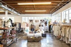 رگال قفسه کرج در کوچکترین فضا برای شما یک فروشگاه جذاب میسازد!
