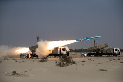 "Firing of ""Ghader"" cruise missile in Zolfaghar-99 war game"
