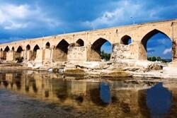 مرمت پل باستانی دزفول آغاز شد