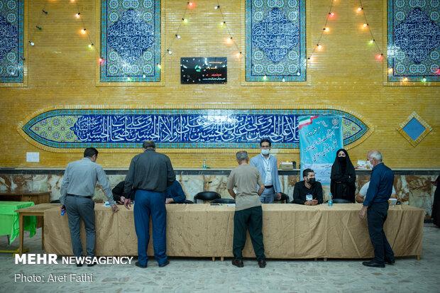 Run-off parliamentary election in Karaj