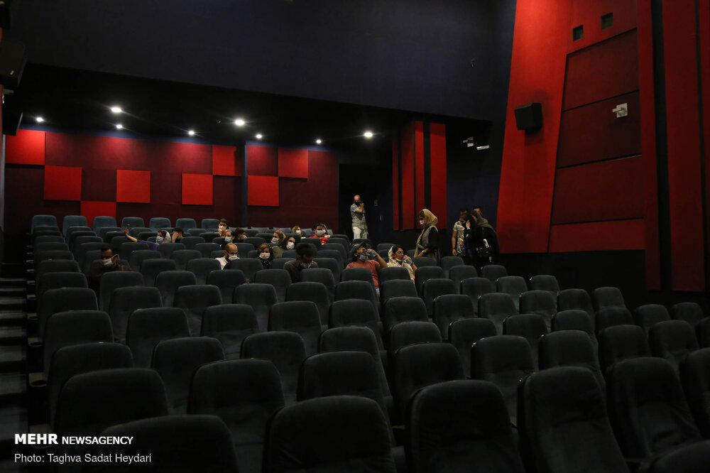 کرونا باردیگر رویای سینما را آشفته کرد!/تعطیلی مجدد در شرایط قرمز
