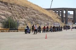 اولین دور مسابقات قهرمانی موتور سبک در دو کلاس ۱۲۵ و ۲۵۰برگزار شد