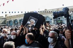 قم میں مرحوم  آیت اللہ صانعی کی تشییع جنازہ اور تدفین