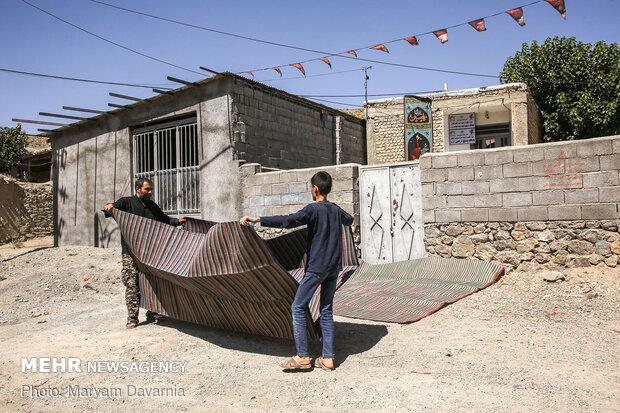 اهالی روستای گیفان به صورت خودجوش در حال آماده سازی مکان روضه