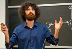 دانش آموخته شریف برنده جایزه تحقیقاتی «اسلون» در زمینه اقتصاد شد