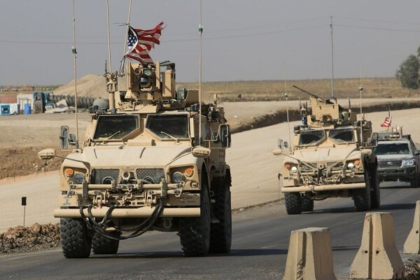 الاحتلال الأمريكي ينقل آليات و مدرعات من الجزيرة السورية إلى الأراضي العراقية