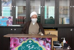 مسجد باید پایگاه دفاع و جهاد باشد / لزوم گسترش جاذبه مساجد