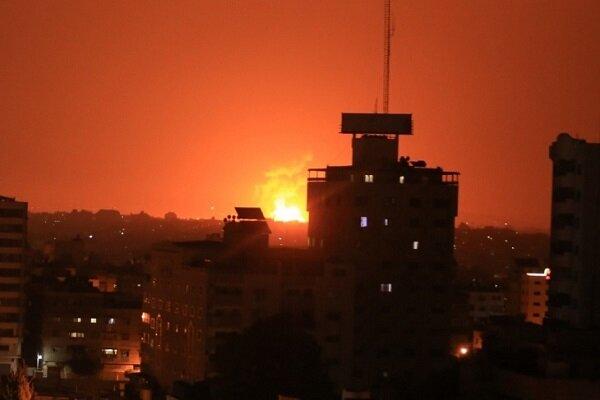 طائرات العدو الصهيوني تشن سلسلة غارات على غزة والمقاومة ترد بقصف المغتصبات