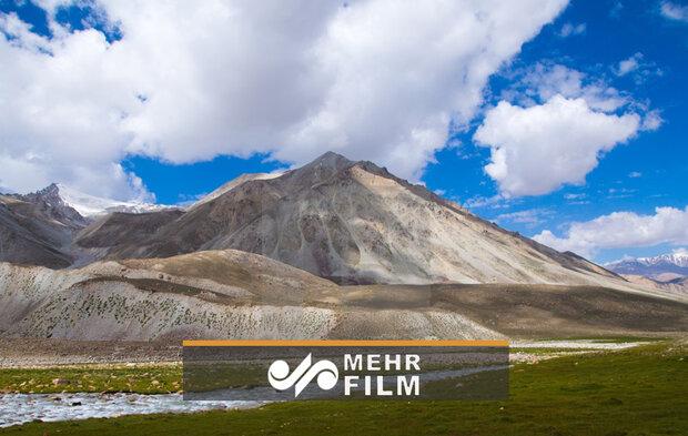 Kırgızistan'daki dağın çöküş anından görüntüler