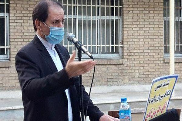 مجلس برای دولت شمشیر نکشیده است/در پی حاشیه سازی نیستیم