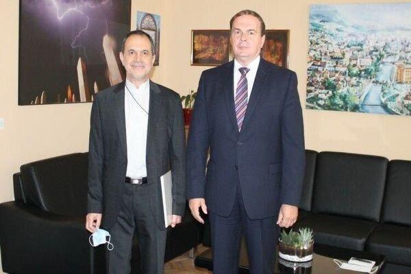 Iran, Bosnia stress expansion of bilateral ties
