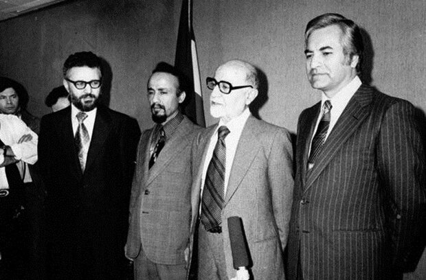 فرش قرمز دولت موقت برای صدام/نقش نهضت آزادی در حمله بعثیها,