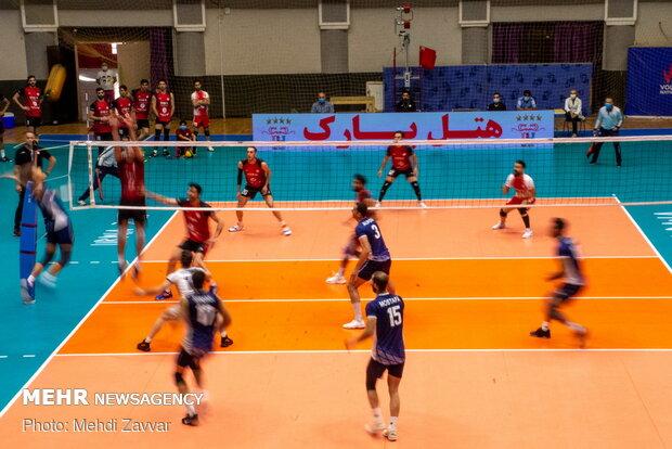دیدار تیمهای والیبال شهرداری ارومیه و پیکان