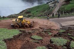 رانش زمین در روستای کرکسر هوراند/ نیمی از روستا تخریب شد