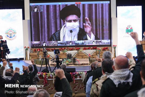 Leader honors 1mn Iran-Iraq war veterans via videoconference