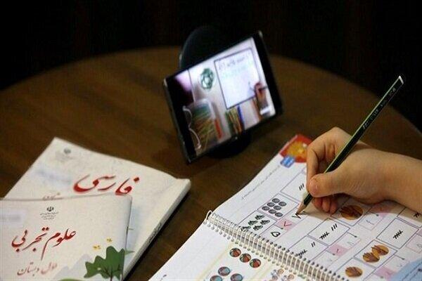 اهدای ۱۶۵ هزار تبلت به دانشآموزان محروم با همت خیرین و نهادها