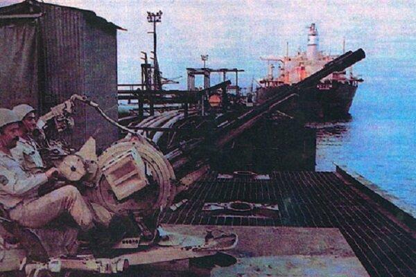 ۳۰۰۰ روز صادرات نفت زیر آتش