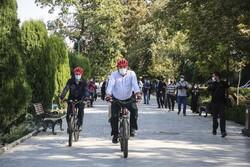تہران کے میئر کی چند ممالک کے سفیروں کے ساتھ سائیکل سواری