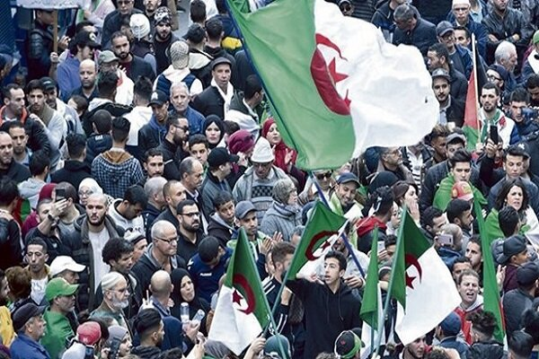 خشم الجزایر از مستند یک شبکه فرانسوی/«ام۶» از ادامه کار منع شد