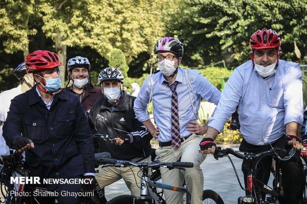 European ambassadors mark Car Free Day on Tehran streets