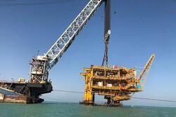 سکوی ۰۸ میدان نفتی هندیجان با موفقیت نصب شد